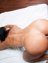 MikeInBrazil ™ presents Sara Rosar in Delicious Sara