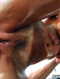 Czech Wet crack Begs For The Creampie