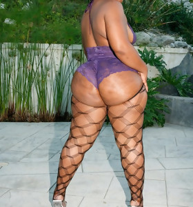 Sexy biggest bum african gals are thrilling and erotic